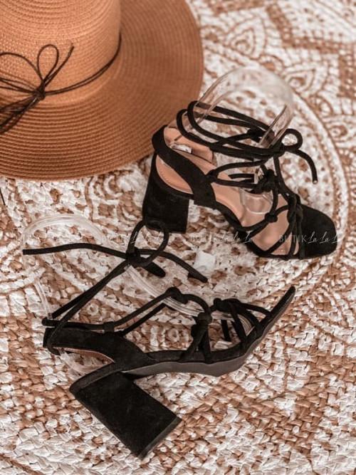 sandały czarne wiązane
