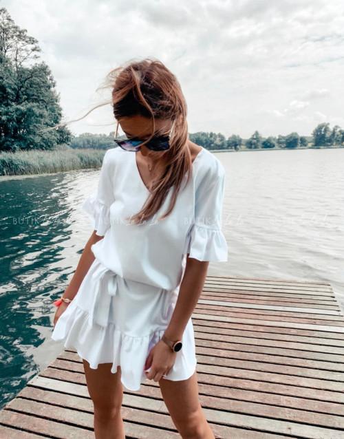 sukienka letnia mini z paskiem i falbankami biała Lima