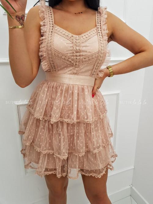 Sukienka mini koronkowa z tiulowymi falbankami i guziczkami pudrowa Sycylia