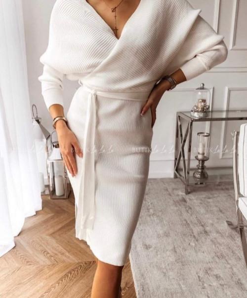 sukienka prążkowana dopasowana z paskiem kremowa Prosecco