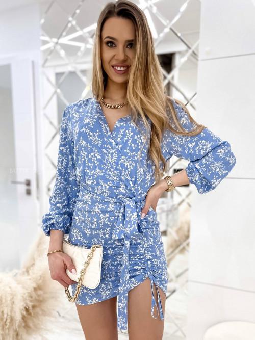 sukienka błękitna w kwiatowy print Samina