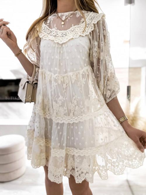 Sukienka boho z delikatnymi falbankami kremowa Gwen