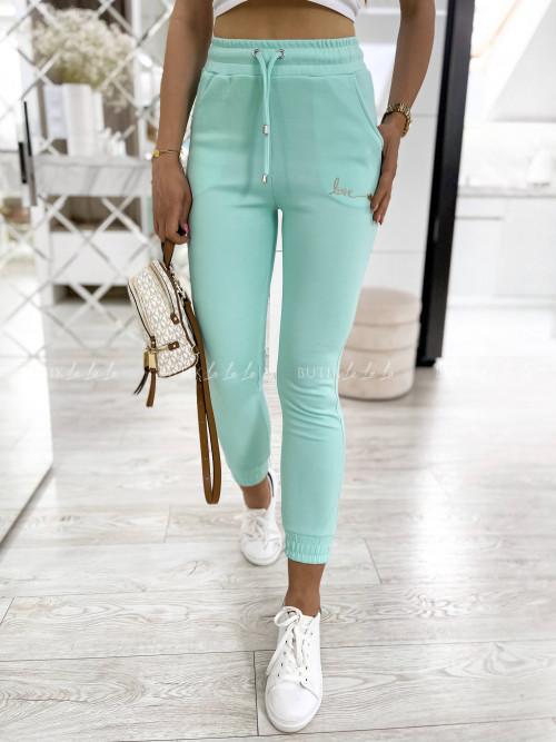 spodnie dresowe Love