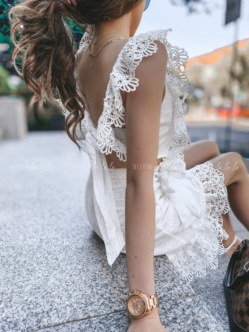 sukienka biała z wiązaniem na plecach Santia