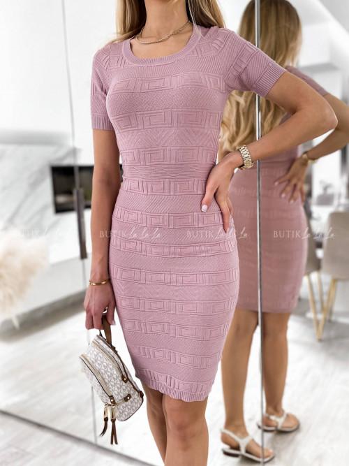 sukienka pudrowa dopasowana wzór Passa