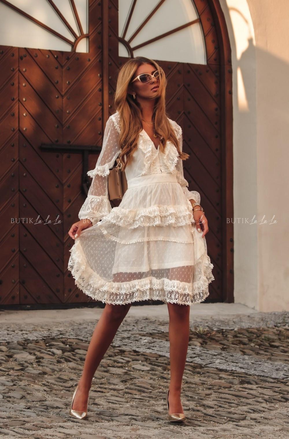 sukienka letnia tiulowa