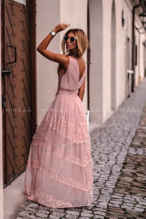 sukienka maxi z koronką pudrowa Inubia