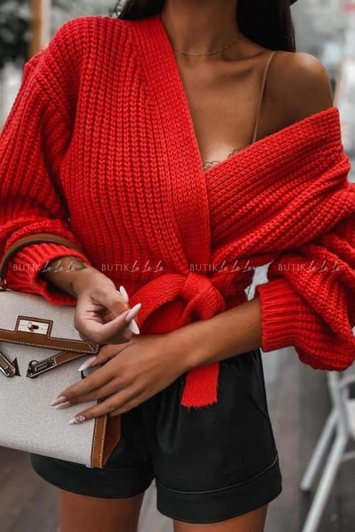sweterek czerwony Andie