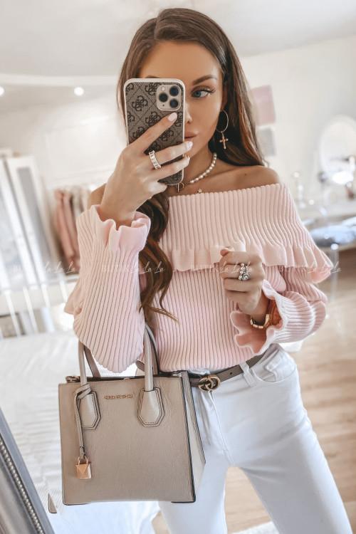 sweter prążkowany z odkrytymi ramionami różowy Steffy
