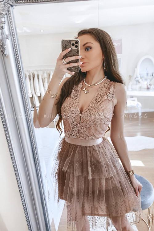 Sukienka z koronkową górą i tiulowym dołem w kropeczki pudrowa Etiene