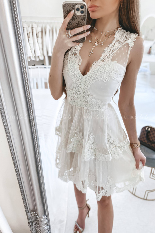 Sukienka w kropki z falbankami i koronką kremowa Jowita